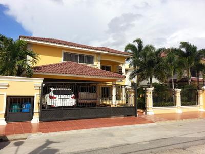 Br 809 Vende Casa 2 Niveles En Villa Maria Oportunidad-