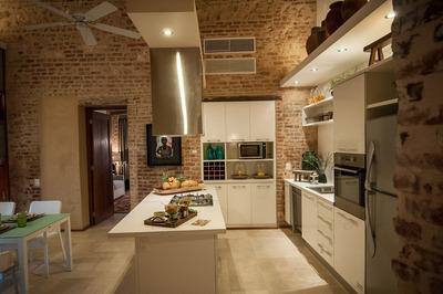 Zona Colonial Penthouse De 3habs. 2pq, Terraza, Piscina