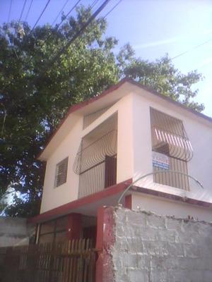 Buena Casa De Dos Niveles, Res, Primaveral, Villa Mella