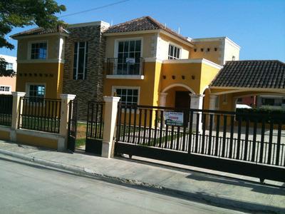 Liriano Alquila Casa En El Res.isabel G De Lo Llano De Gurab